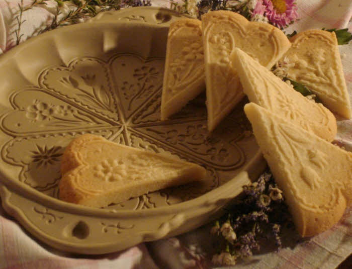 New For 2012 – Celtic Spring Shortbread Pan
